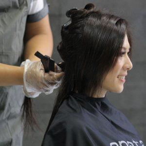 Langkah 1 : Parting Rambut